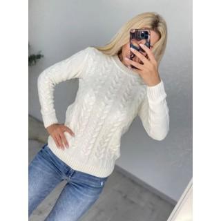 Молочный женский свитер София