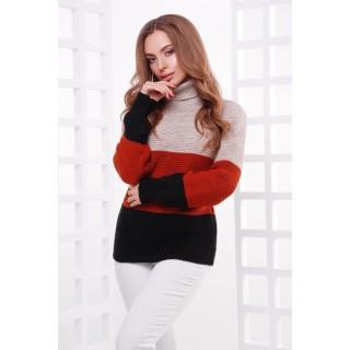 Трехцветный теплый свитер под горло